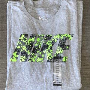 Men's Nike TShirt